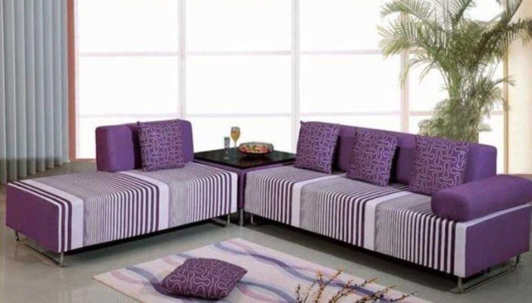 Phòng khách thêm lãng mạn với ghế sofa màu tím