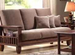 Vệ sinh ghế sofa giường gỗ như nào là đúng cách, bạn đã biết?