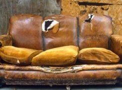 Thay da ghế sofa đơn giản, dễ dàng